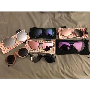 Accessories - Lot of 7 sunglasses with cloth cases